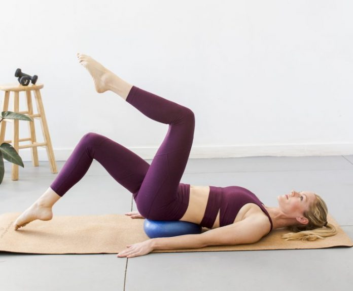 <pre></noscript>Los 3 mejores ejercicios de abdominales inferiores para tonificar para la temporada de Bikini