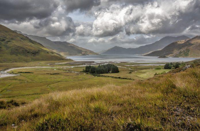 <pre></noscript>Viaje por carretera a través de las tierras altas de Escocia